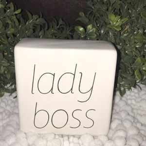 🚨3for$10 Small lady boss sign